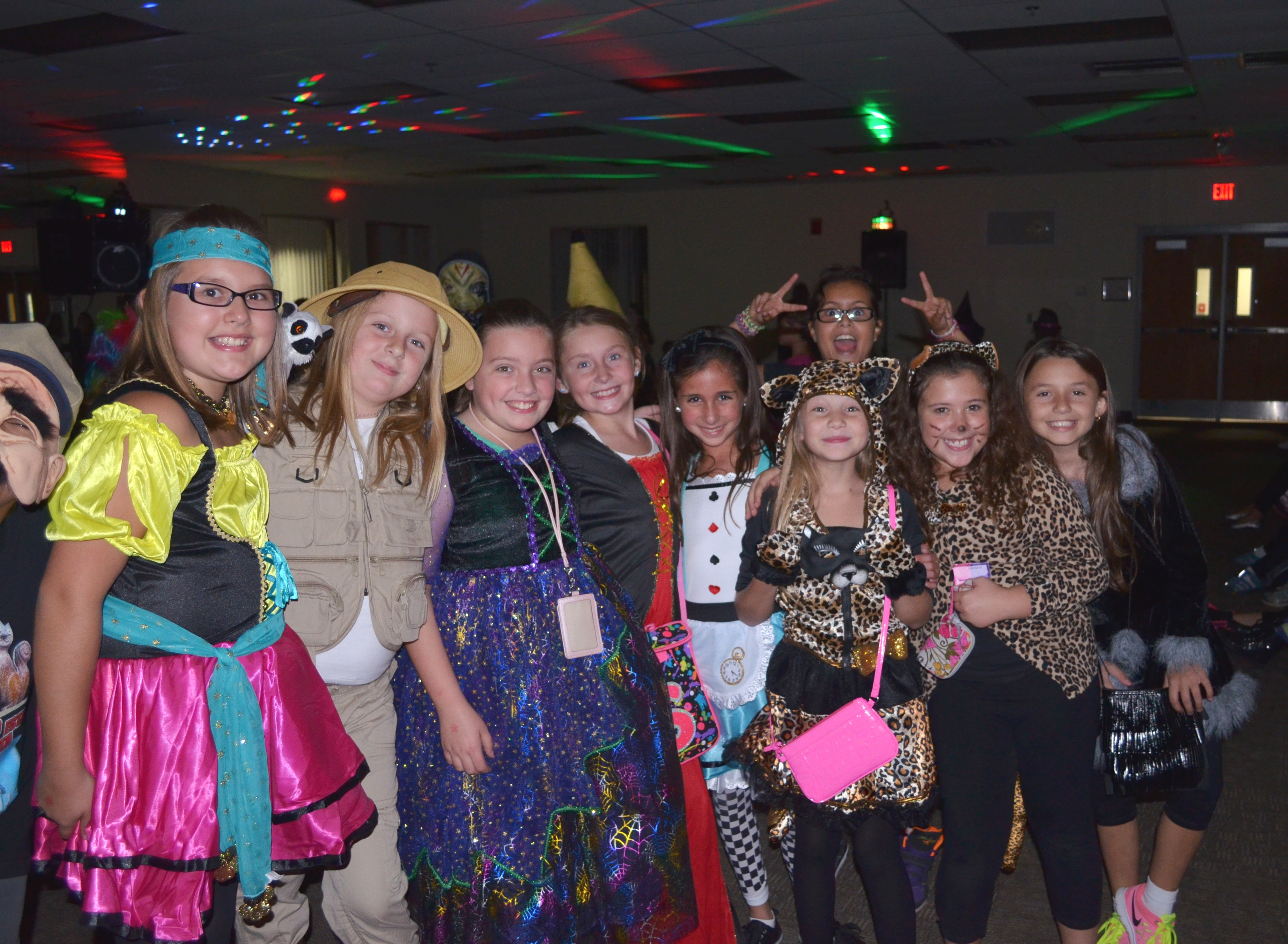 Club Fri Night Tweens